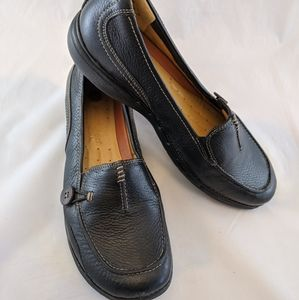 """Clark's black leather loafers """"structured"""""""